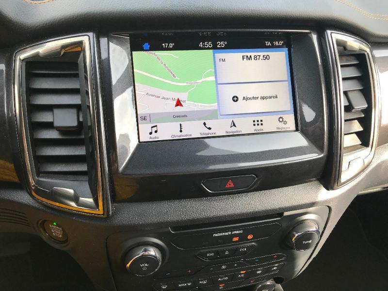 Photo 13 de l'offre de FORD Ranger 3.2 TDCi 200ch Super Cab Wildtrak BVA6 à 29900€ chez AR Cars Automobiles