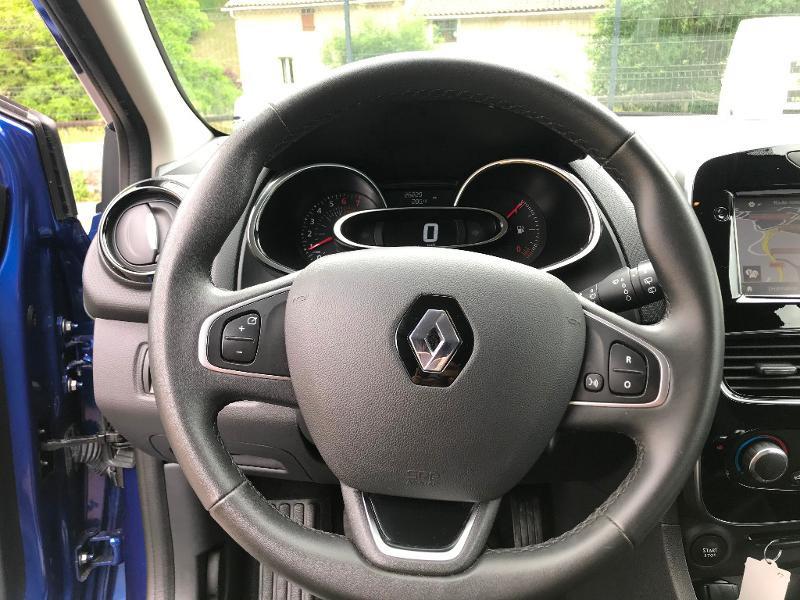 Photo 11 de l'offre de RENAULT Clio 0.9 TCe 90ch energy Business 5p Euro6c à 11490€ chez AR Cars Automobiles