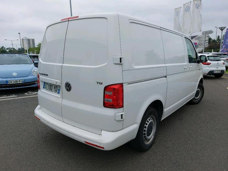Photo 3 de l'offre de VOLKSWAGEN Transporter Fg 2.8T L1H1 2.0 TDI 150ch Business Line Plus DSG7 à 21500€ chez AR Cars Automobiles
