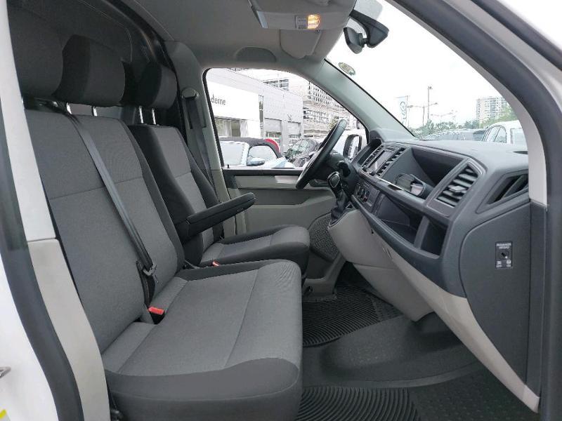 Photo 7 de l'offre de VOLKSWAGEN Transporter Fg 2.8T L1H1 2.0 TDI 150ch Business Line Plus DSG7 à 21500€ chez AR Cars Automobiles
