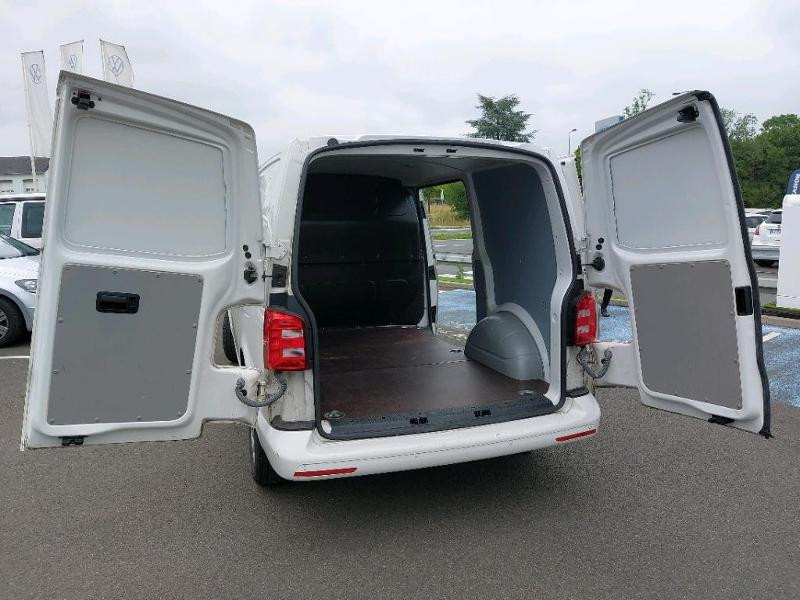 Photo 8 de l'offre de VOLKSWAGEN Transporter Fg 2.8T L1H1 2.0 TDI 150ch Business Line Plus DSG7 à 21500€ chez AR Cars Automobiles