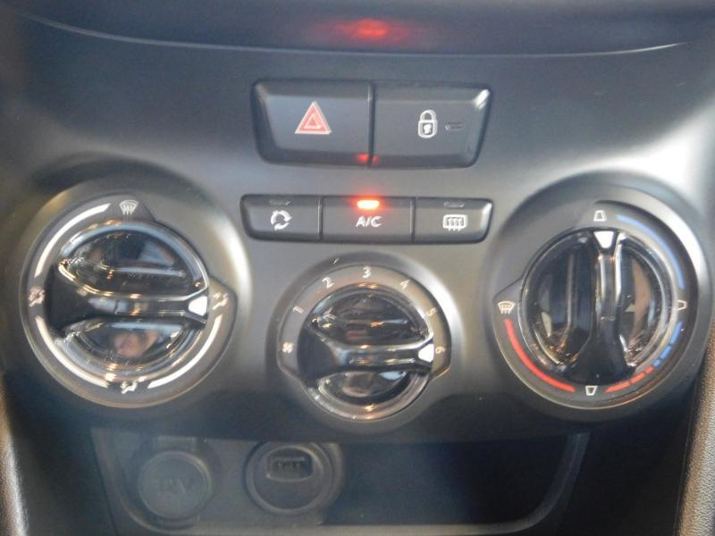 Photo 16 de l'offre de PEUGEOT 2008 1.2 PureTech 130ch E6.c GT Line S&S à 19990€ chez Autovia Véhicules Multimarques