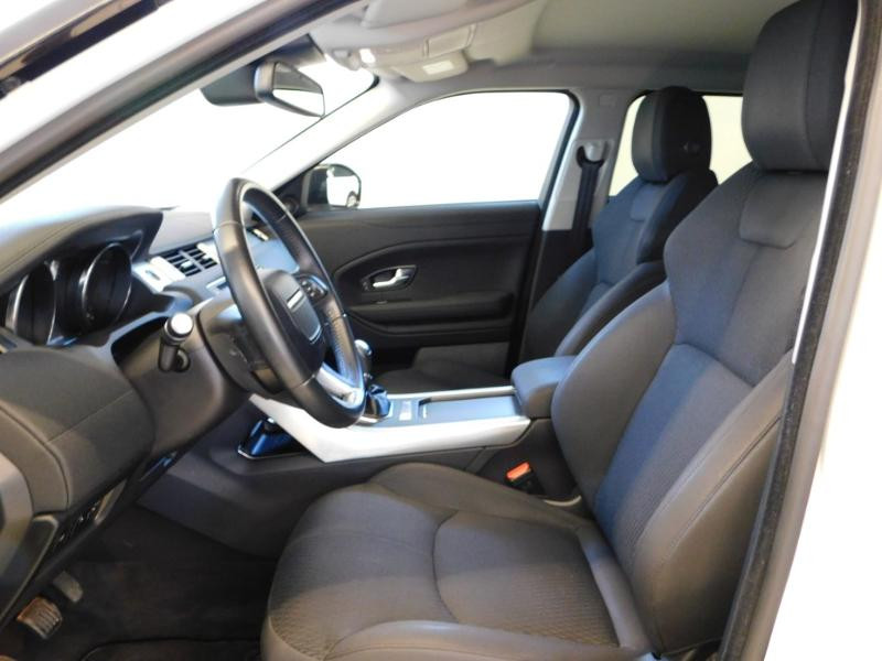 Photo 13 de l'offre de LAND-ROVER Evoque 2.0 eD4 150 Executive 4x2 Mark IV e-Capability à 25990€ chez Autovia Véhicules Multimarques