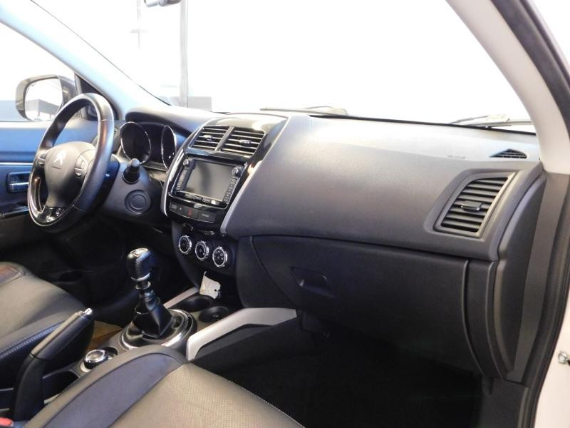 Photo 10 de l'offre de CITROEN C4 Aircross 1.6 e-HDi115 4x4 Exclusive à 16990€ chez Autovia Véhicules Multimarques