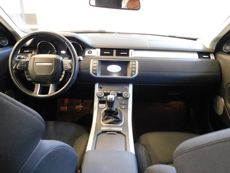 Photo 2 de l'offre de LAND-ROVER Evoque 2.0 eD4 150 Executive 4x2 Mark IV e-Capability à 25990€ chez Autovia Véhicules Multimarques