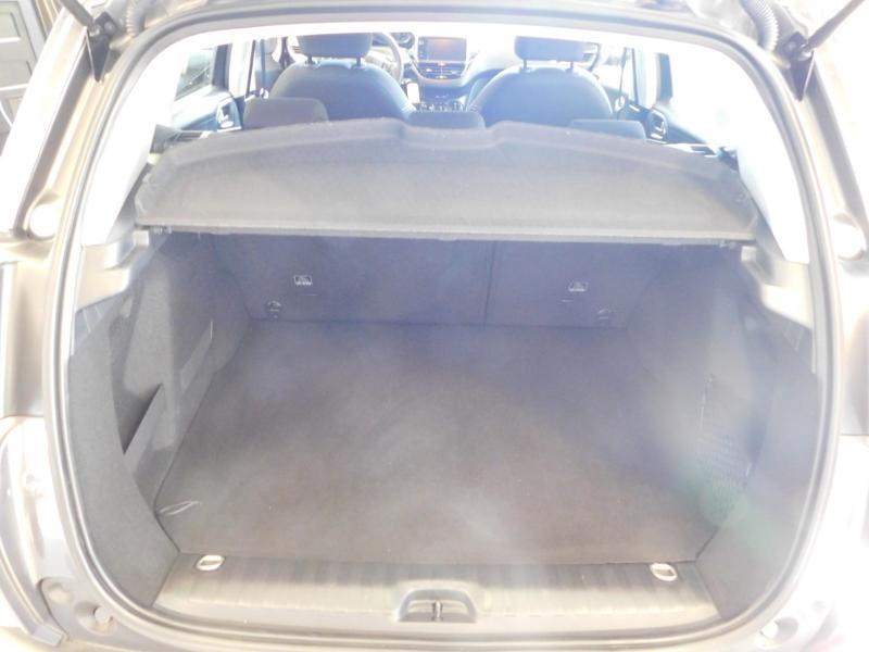 Photo 4 de l'offre de PEUGEOT 2008 1.2 PureTech 130ch E6.c GT Line S&S à 19990€ chez Autovia Véhicules Multimarques