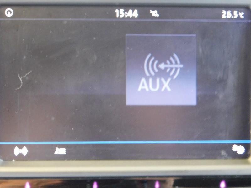 Photo 25 de l'offre de VOLKSWAGEN Tiguan 2.0 TDI 150ch BlueMotion Technology Confortline Business à 21990€ chez Autovia Véhicules Multimarques