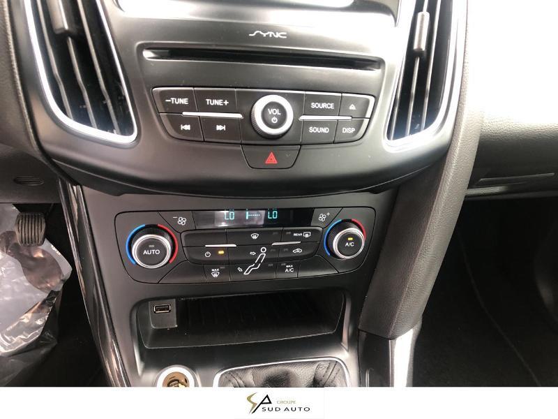 Photo 14 de l'offre de FORD Focus 1.0 EcoBoost 125ch Stop&Start Titanium à 13990€ chez Autovia Véhicules Multimarques