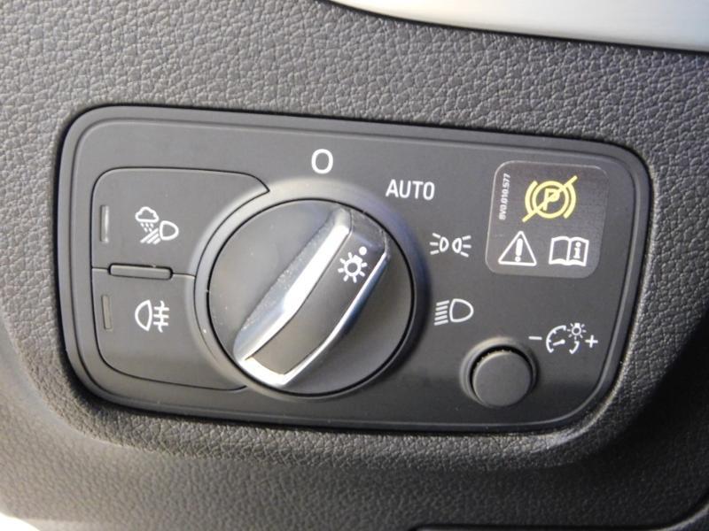 Photo 14 de l'offre de AUDI Q2 1.0 TFSI 116ch S line à 25900€ chez Autovia Véhicules Multimarques