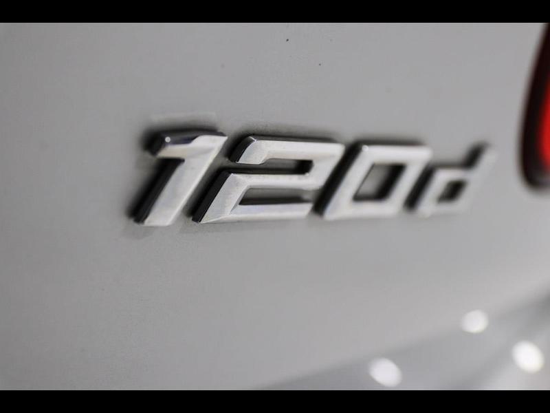 Photo 31 de l'offre de BMW Serie 1 120dA 190ch bva Lounge 5p à 24990€ chez Autovia Véhicules Multimarques
