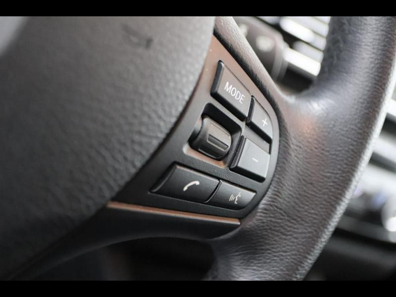 Photo 18 de l'offre de BMW Serie 1 120dA 190ch bva Lounge 5p à 24990€ chez Autovia Véhicules Multimarques