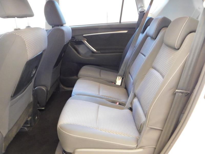 Photo 3 de l'offre de TOYOTA Verso 112 D-4D FAP Dynamic à 12990€ chez Autovia Véhicules Multimarques