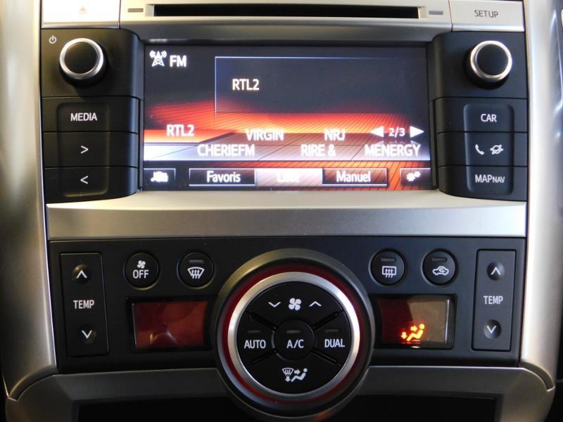 Photo 18 de l'offre de TOYOTA Verso 112 D-4D FAP Dynamic à 12990€ chez Autovia Véhicules Multimarques