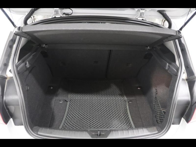Photo 4 de l'offre de BMW Serie 1 120dA 190ch bva Lounge 5p à 24990€ chez Autovia Véhicules Multimarques