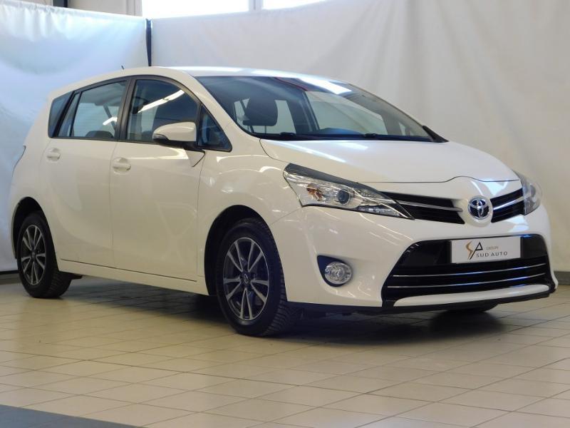 Toyota Verso 112 D-4D FAP Dynamic Diesel BLANC Occasion à vendre