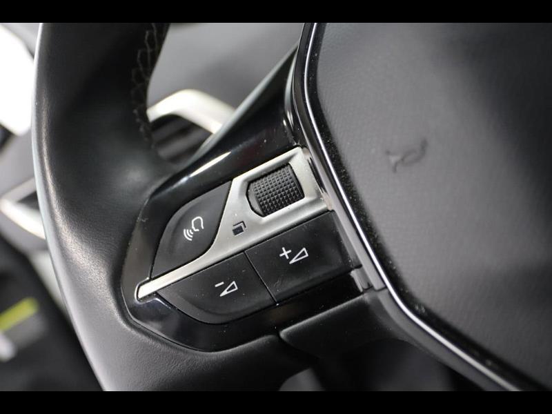 Photo 12 de l'offre de PEUGEOT 3008 1.6 HDi115 FAP Allure à 27690€ chez Autovia Véhicules Multimarques