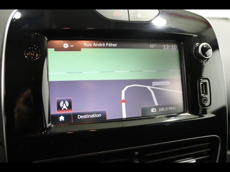 Photo 6 de l'offre de RENAULT Clio 1.2 16v 75 Limited 5p à 11990€ chez Autovia Véhicules Multimarques