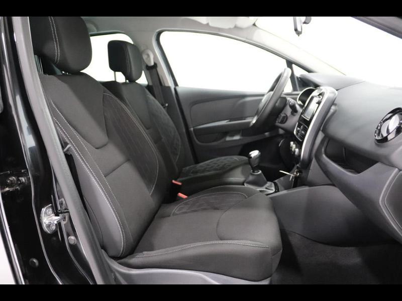 Photo 12 de l'offre de RENAULT Clio 1.2 16v 75 Limited 5p à 11990€ chez Autovia Véhicules Multimarques