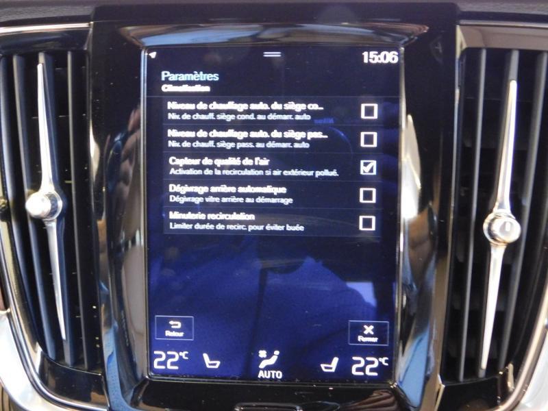 Photo 27 de l'offre de VOLVO V90 D4 190ch Inscription Geartronic à 31990€ chez Autovia Véhicules Multimarques