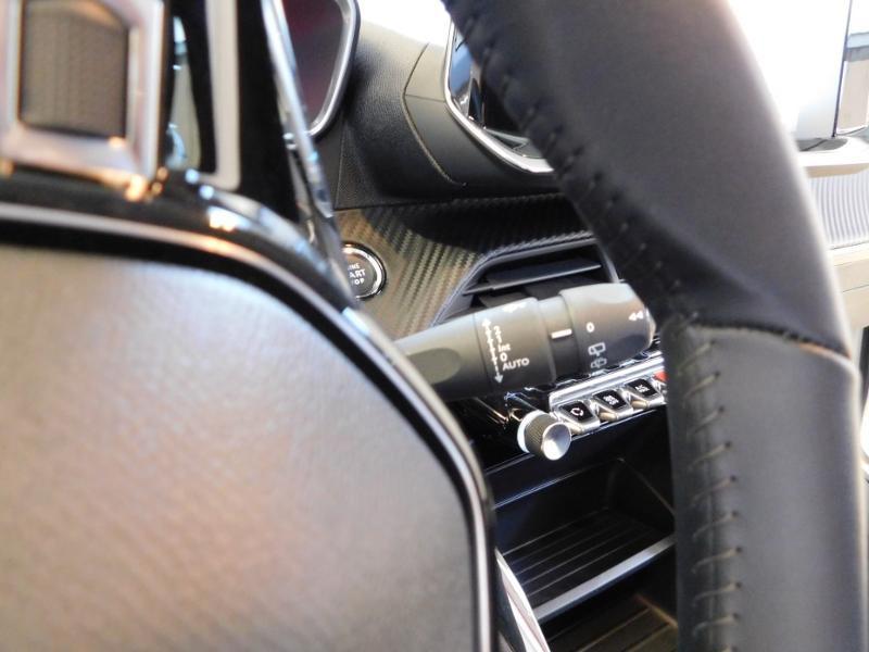Photo 14 de l'offre de PEUGEOT 208 1.2 PureTech 75ch S&S Active à 17690€ chez Autovia Véhicules Multimarques