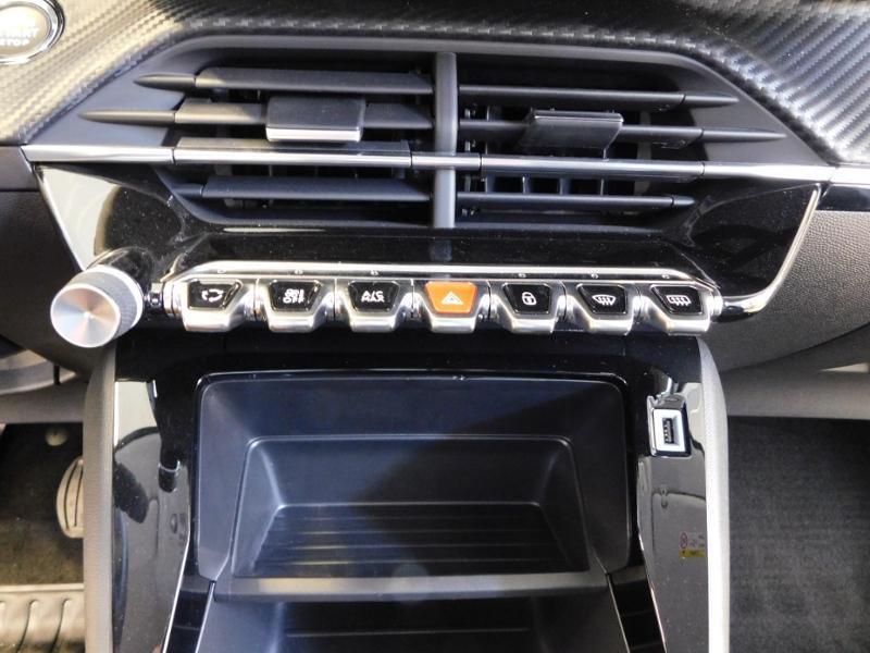 Photo 17 de l'offre de PEUGEOT 208 1.2 PureTech 75ch S&S Active à 17690€ chez Autovia Véhicules Multimarques