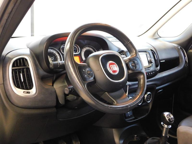 Photo 11 de l'offre de FIAT 500L 1.6 Multijet 16v 105ch S&S Lounge à 9290€ chez Autovia Véhicules Multimarques