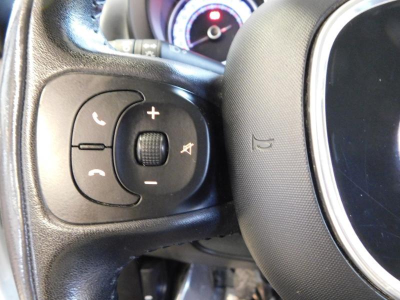 Photo 17 de l'offre de FIAT 500L 1.6 Multijet 16v 105ch S&S Lounge à 9290€ chez Autovia Véhicules Multimarques