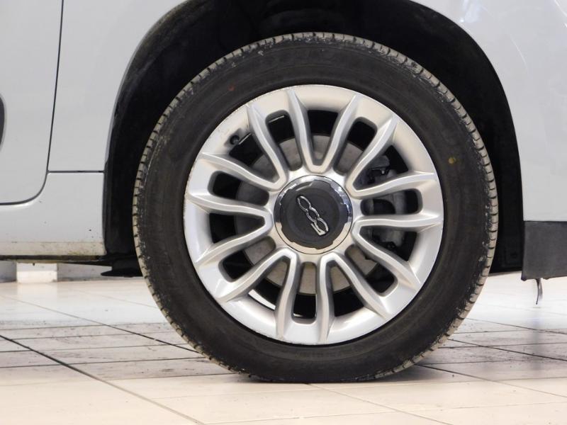 Photo 5 de l'offre de FIAT 500L 1.6 Multijet 16v 105ch S&S Lounge à 9290€ chez Autovia Véhicules Multimarques