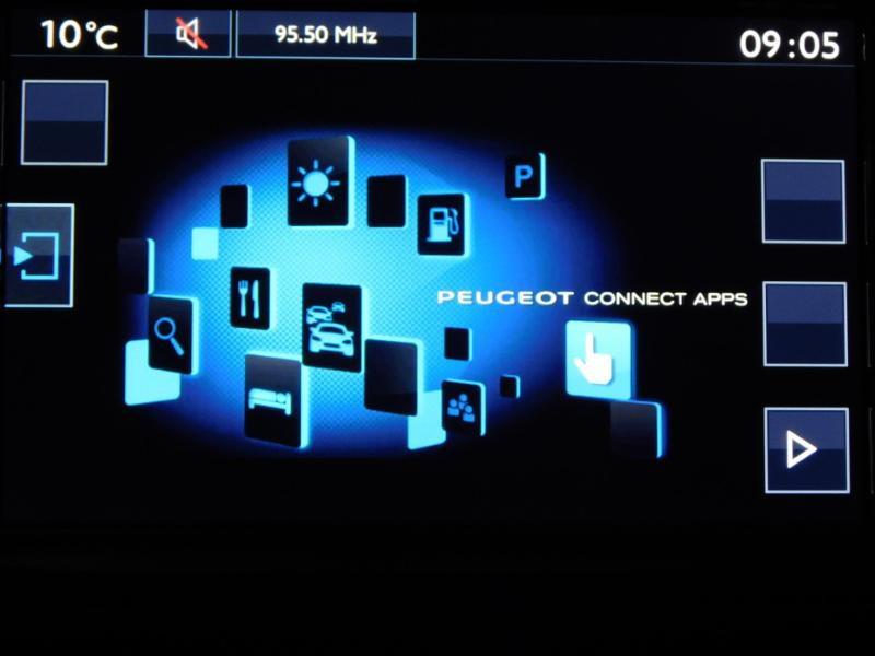 Photo 24 de l'offre de PEUGEOT 2008 1.6 BlueHDi 100ch Crossway à 11490€ chez Autovia Véhicules Multimarques