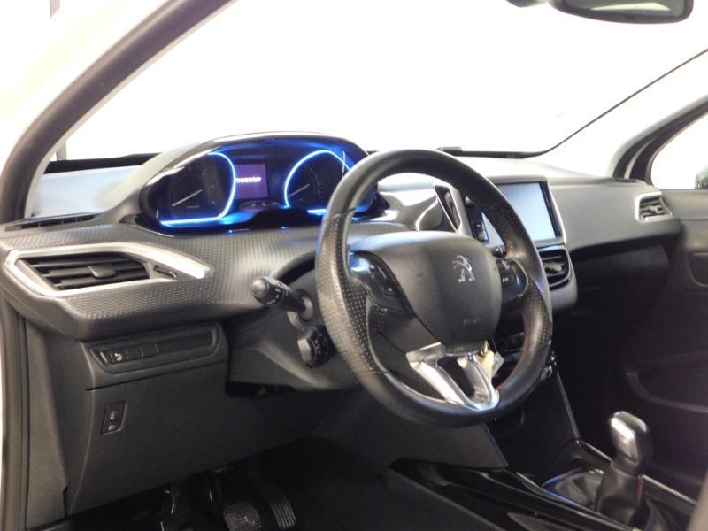 Photo 13 de l'offre de PEUGEOT 2008 1.6 BlueHDi 100ch Crossway à 11490€ chez Autovia Véhicules Multimarques