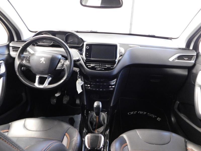 Photo 2 de l'offre de PEUGEOT 2008 1.6 BlueHDi 100ch Crossway à 11490€ chez Autovia Véhicules Multimarques