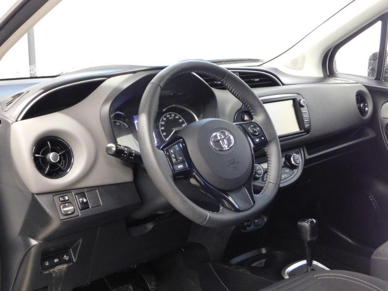 Photo 10 de l'offre de TOYOTA Yaris 1.5 Hybrid Feel à 16590€ chez Autovia Véhicules Multimarques