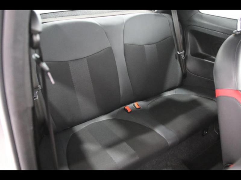 Photo 3 de l'offre de FIAT 500 1.2 8v 69ch S à 9490€ chez Autovia Véhicules Multimarques