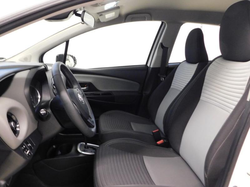 Photo 12 de l'offre de TOYOTA Yaris 1.5 Hybrid Feel à 16590€ chez Autovia Véhicules Multimarques