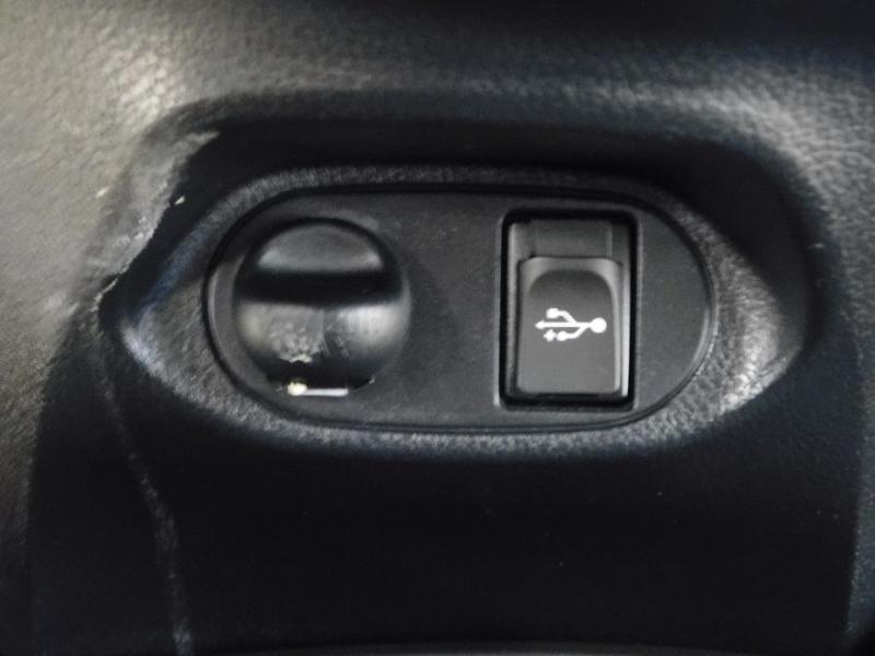 Photo 21 de l'offre de TOYOTA Yaris 1.5 Hybrid Feel à 16590€ chez Autovia Véhicules Multimarques