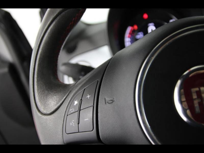 Photo 12 de l'offre de FIAT 500 1.2 8v 69ch S à 9490€ chez Autovia Véhicules Multimarques