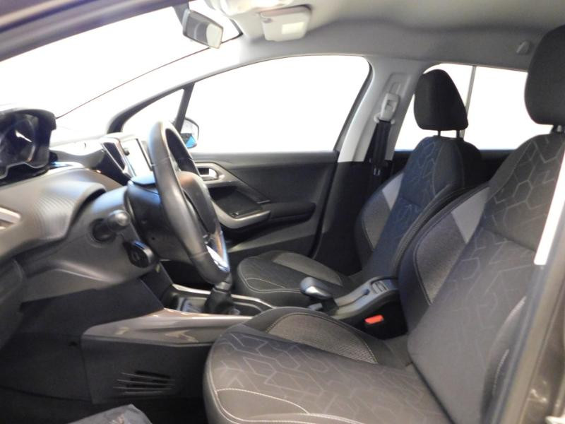Photo 13 de l'offre de PEUGEOT 2008 1.2 PureTech 82ch Style à 12890€ chez Autovia Véhicules Multimarques