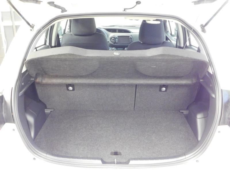 Photo 4 de l'offre de TOYOTA Yaris 1.5 Hybrid Feel à 16590€ chez Autovia Véhicules Multimarques