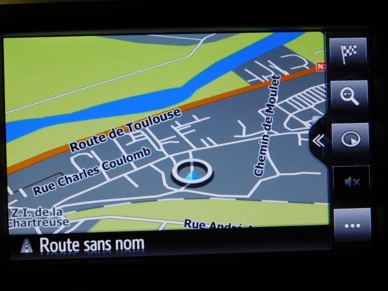 Photo 9 de l'offre de TOYOTA Yaris 1.5 Hybrid Feel à 16590€ chez Autovia Véhicules Multimarques