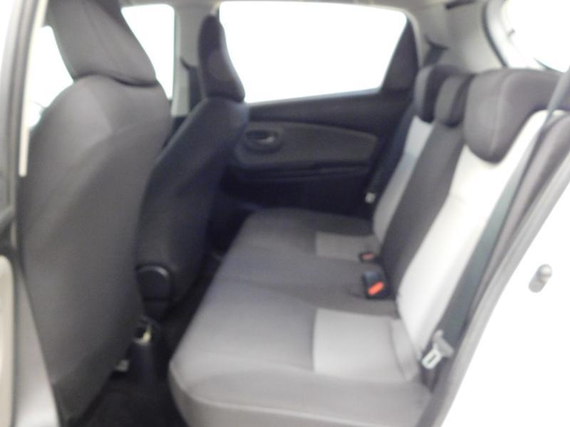 Photo 3 de l'offre de TOYOTA Yaris 1.5 Hybrid Feel à 16590€ chez Autovia Véhicules Multimarques