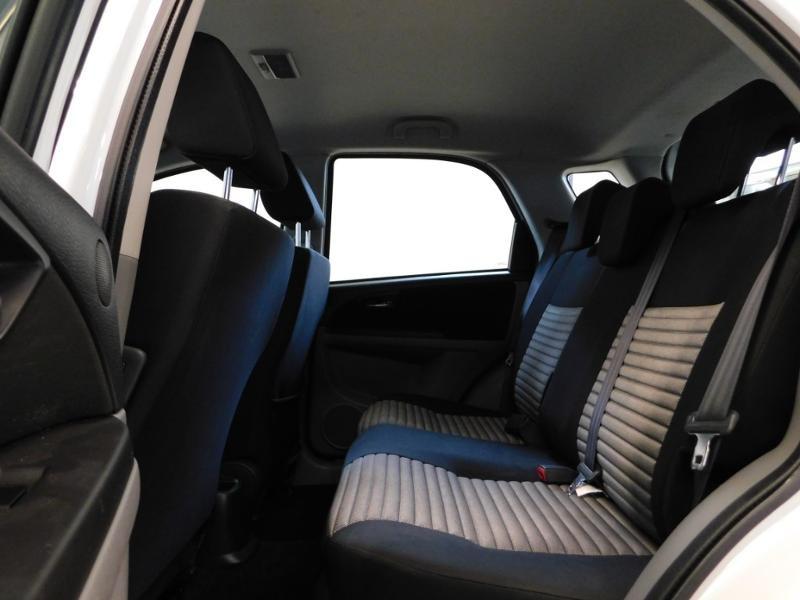 Photo 15 de l'offre de SUZUKI SX4 2.0 DDiS GLX 4X4 à 8990€ chez Autovia Véhicules Multimarques
