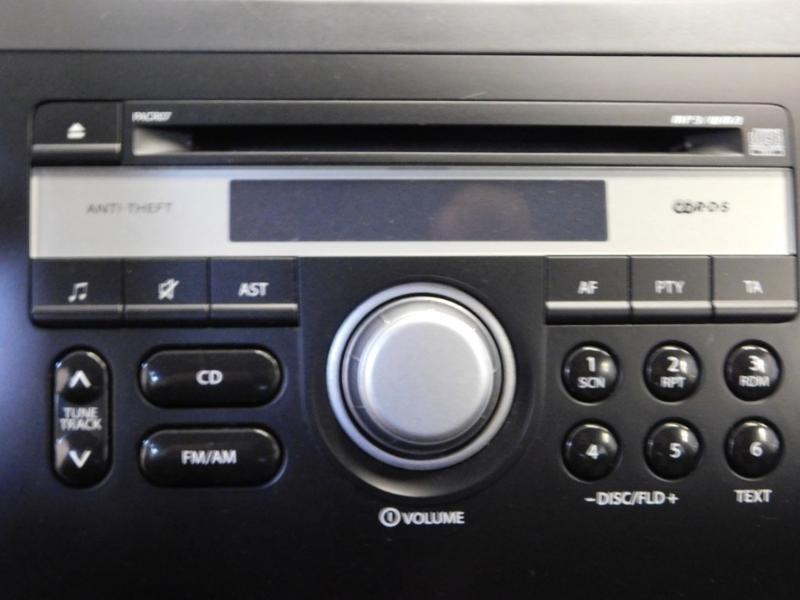 Photo 7 de l'offre de SUZUKI SX4 2.0 DDiS GLX 4X4 à 8990€ chez Autovia Véhicules Multimarques