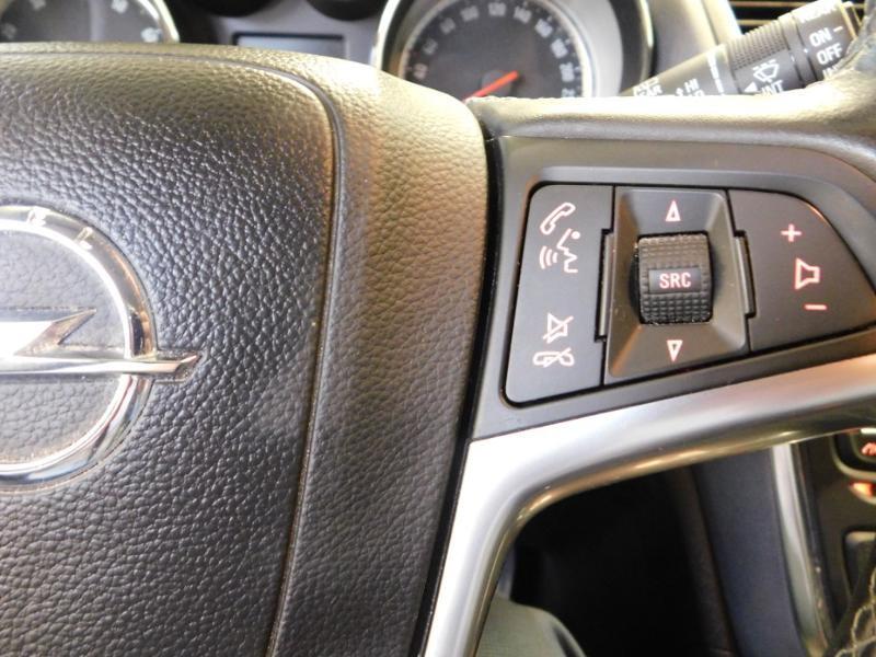 Photo 13 de l'offre de OPEL Mokka 1.4 Turbo 140ch Cosmo Pack Auto 4x2 à 13990€ chez Autovia Véhicules Multimarques