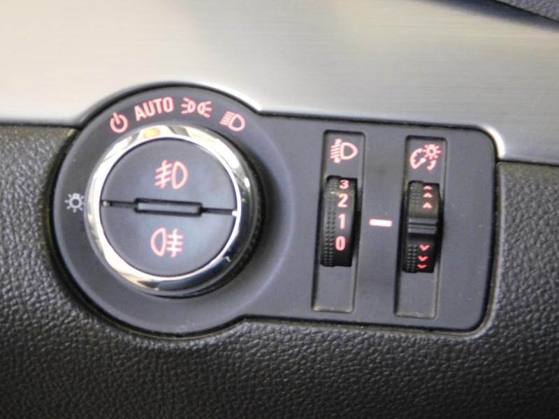 Photo 11 de l'offre de OPEL Mokka 1.4 Turbo 140ch Cosmo Pack Auto 4x2 à 13990€ chez Autovia Véhicules Multimarques