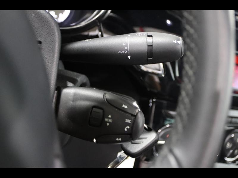 Photo 13 de l'offre de CITROEN DS3 Cabrio PureTech 82ch So Chic à 12990€ chez Autovia Véhicules Multimarques