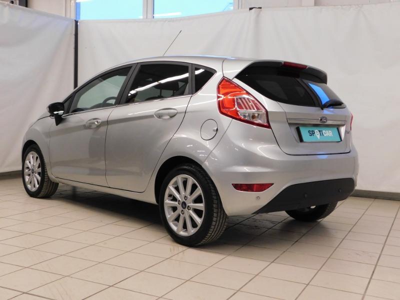 Photo 3 de l'offre de FORD Fiesta 1.5 TDCi 95ch FAP Titanium 5p à 10490€ chez Autovia Véhicules Multimarques