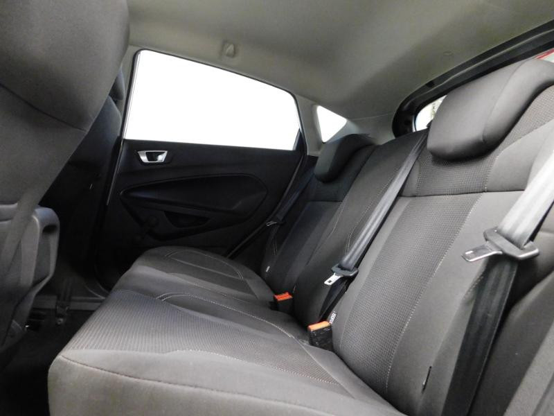 Photo 11 de l'offre de FORD Fiesta 1.5 TDCi 95ch FAP Titanium 5p à 10490€ chez Autovia Véhicules Multimarques