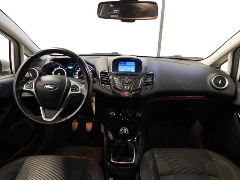 Photo 2 de l'offre de FORD Fiesta 1.5 TDCi 95ch FAP Titanium 5p à 10490€ chez Autovia Véhicules Multimarques