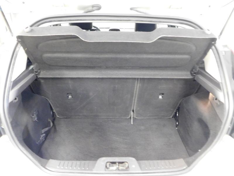 Photo 4 de l'offre de FORD Fiesta 1.5 TDCi 95ch FAP Titanium 5p à 10490€ chez Autovia Véhicules Multimarques