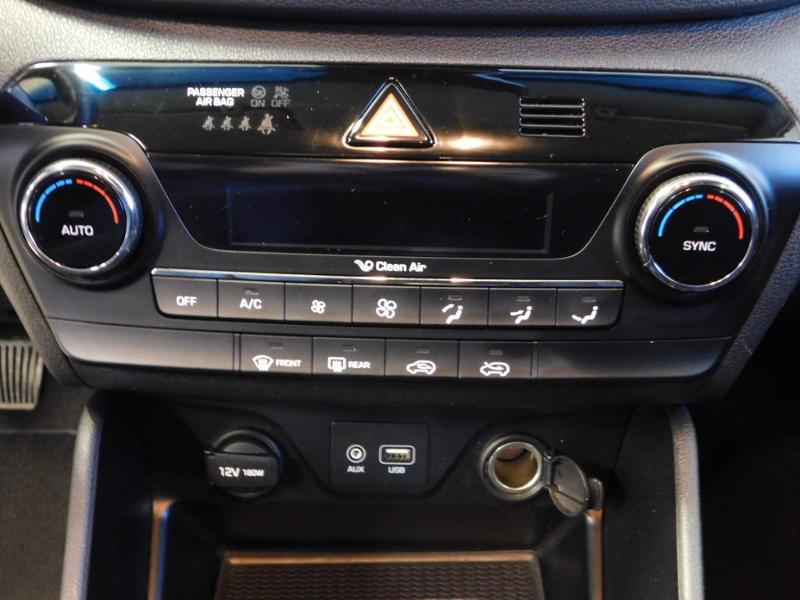 Photo 18 de l'offre de HYUNDAI Tucson 1.7 CRDI 115ch Executive 2WD à 18990€ chez Autovia Véhicules Multimarques
